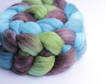 Polwarth/Mulberry Silk Wool Roving - Handdyed - 4 oz