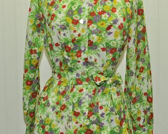 Vintage 1960 Shirt Dress Field of Flowers!