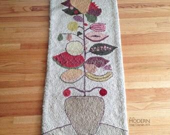 ERA Ackerman Style Japan Fruit in Pot Hooked Tapestry Rug