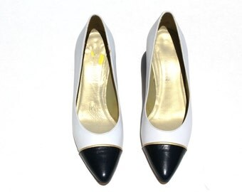 Vintage Allure White/Navy Blue/Gold Distressed Leather Color Block Classic Dress Shoes Sz 5 1/2