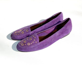 SALE!!!!!!!! Purple Suede loafers with gold grommets 1990s 90s VINTAGE
