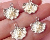 3D Shell with Pearl Charms (4pcs) (14mm x 15mm / Silver / 2 Sided) Metal Finding Pendant Bracelet Earrings Zipper Pulls Keychains CHM347