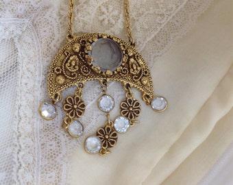Vintage goldtone Goldette necklace