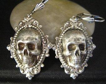 Vintage sterling silver plated brass large skull ornate earrings S007