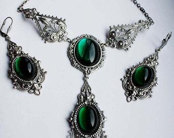 Russian Queen emerald set