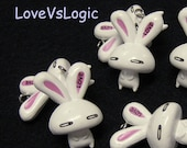 4 -LOVE-  Bunny Soft Plastic Charms.Off White Tone.