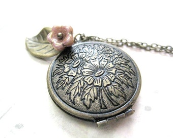 Mother's Day Necklace-Flower Locket Necklace