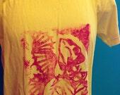 FIDDLE FISH Tshirt Linoleum Print on Men's S, Sunshine American Apparel