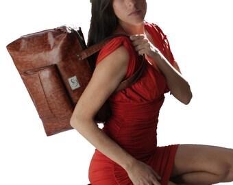 SALE Caramel / Tan Woman Satchel Bag With Front Pocket.  Work / School Handbag. Havana Satchel.
