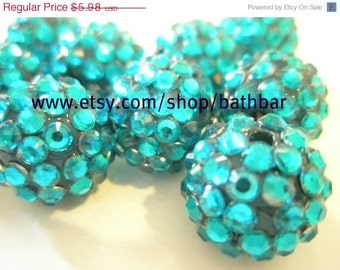 CLEARANCE SALE 10 Rhinestone Resin Balls - TURQUOISE (16 mm) - Basketball Wives Inspired