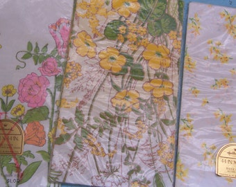 three bridge cover paper table cloths
