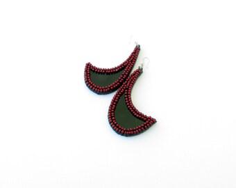 Red Beaded Earrings-Couture Earrings-Dangle Beaded Earrings-Red Elegance Earrings-Beaded Jewelry-Modern beaded Jewellery