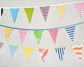 Vintage Circus Bunting Banner Pennant Flag Garland / Birthday Party Decoration / Celebration / Carnival / Photo Prop