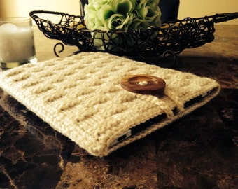 Gorgeous crochet iPad case, case for the iPad, cream color, wooden button READY to ship