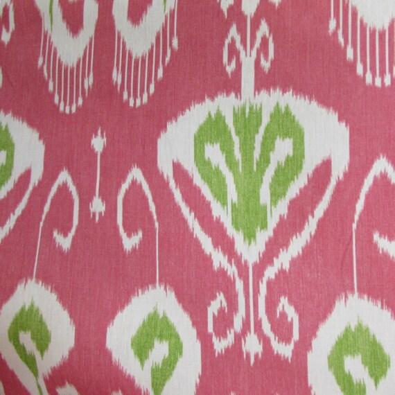 BANSURI PEONY Ikat linen fabric by KRAVET
