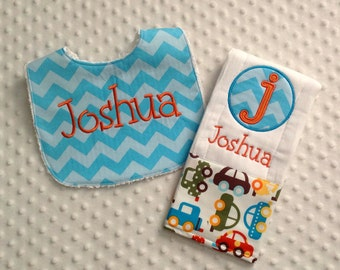 Baby Boy 2 Piece Gift Set,  Personalized Bib and Burp Cloth, Anne Kelle On The Go Automotobiles