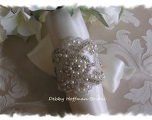 Bouquet Wrap, Bridal Bouquet Wrap, Pearl Rhinestone Crystal Wedding Bouquet Cuff, Jeweled Pearl Wedding Bouquet Wrap, Cuff,  No. 3080BW