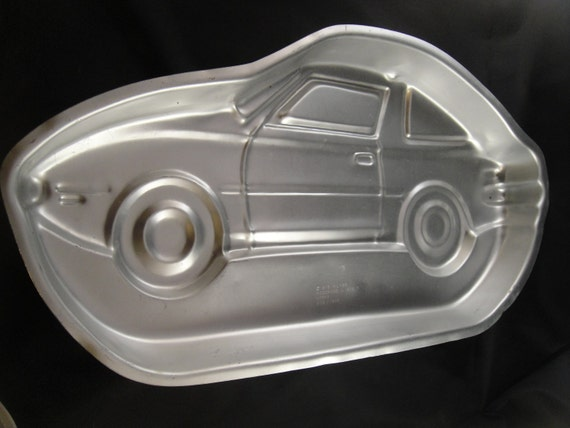 car cake pan wilton race car cake pan tin 502 1948 by wishingwellsglass 2443