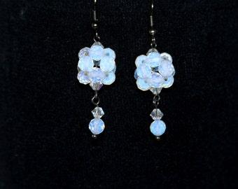 Earring white,crystal earrings,clear earrings,earrings, pearls earrings,glass earrings,bridesmade, earrings wedding,bridal ,silver earrings