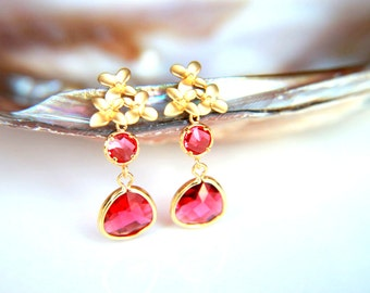 Fuchia Swarovski Earrings:Gold plated brass earring hooks with fuchsia swarovski crystal gold plated flower studs earring, wedding, brides