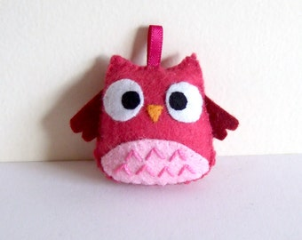 Very very hot pink owl keychain