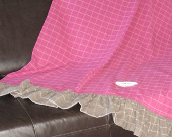 Throw Shiver - Plaid - Blanket - Pink - Taupe - Checkers - Throws Collection - wool - Bed Throw