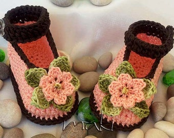 ALICE baby booties Crochet pattern - No sewing - Full of large pictures! Permission to sell finished items. Pattern No. 101