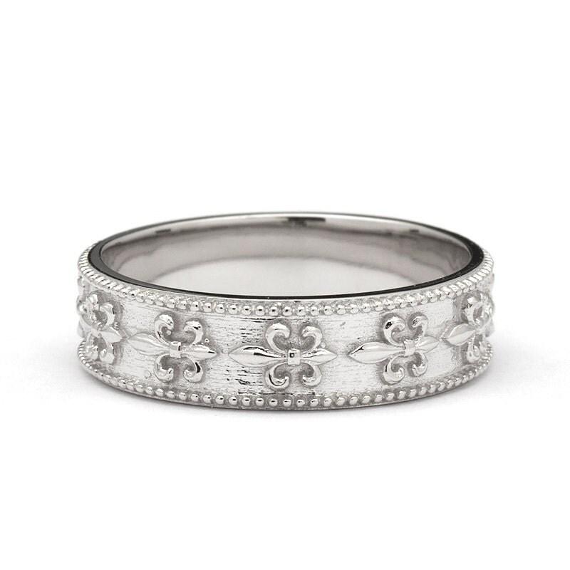 vintage style fleur de lis wedding band ring in white gold With fleur de lis wedding ring set