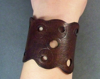 Leather Cuff, Vintage Brown Leather cuff, Womens Cuff, Mens Cuff, Boho Leather Cuff, Leather Wristband, Artesan Leather cuff, Gift