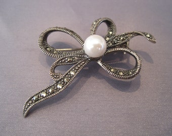 Vintage Sterling Marcasite Pearl Bow Pin