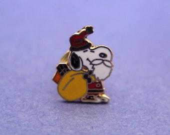 Vintage 1970's Aviva Snoopy Tie Tack Pin Santa