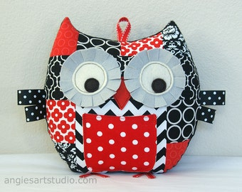 Owl Pillow, Patchwork Owl, Tooth Fairy Pillow, Owl Plush, Suffed Animal, Great Gift for Baby Shower, Black White Red