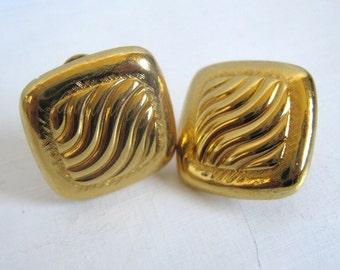 Monet Vintage 1980s Earrings Gold Tone Ripple Wave Clip On Earrings