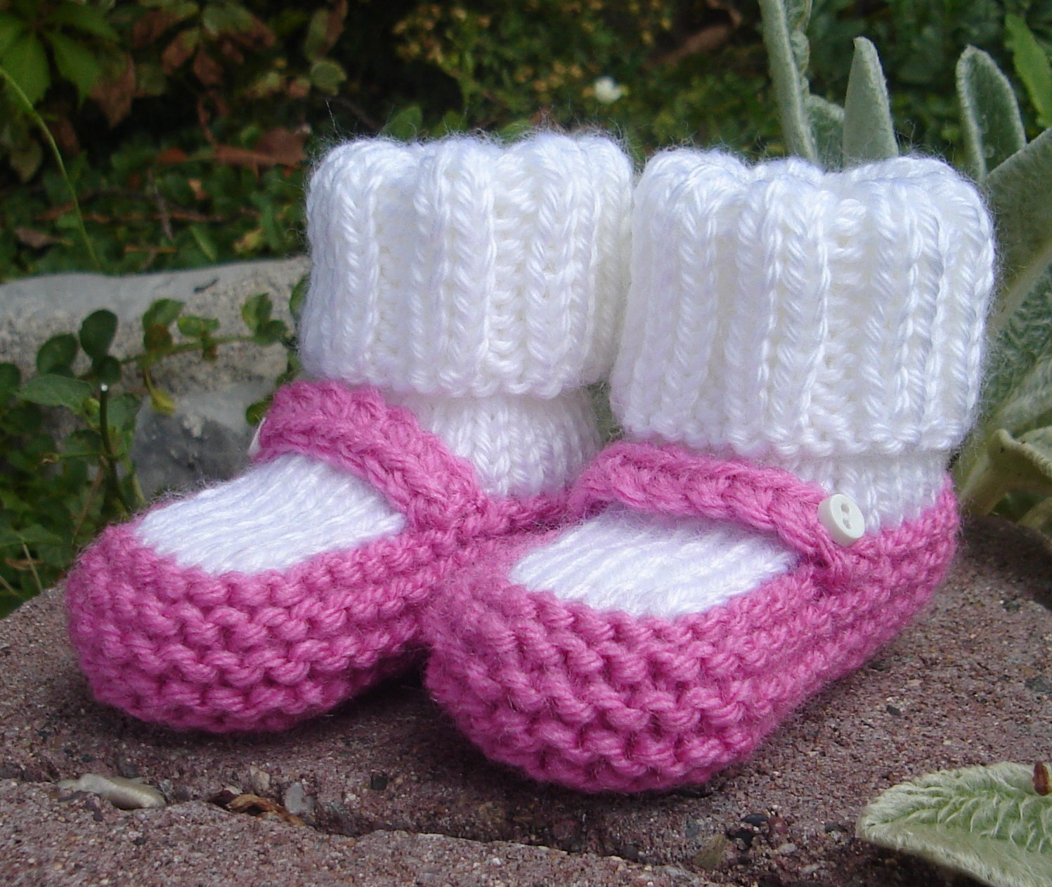 Baby Knitting Shoes Products : Hand knit baby booties mary jane