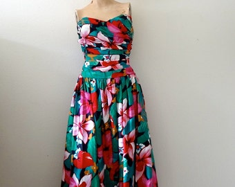 1980s Floral Print Sundress / 50s style cotton strapless gown