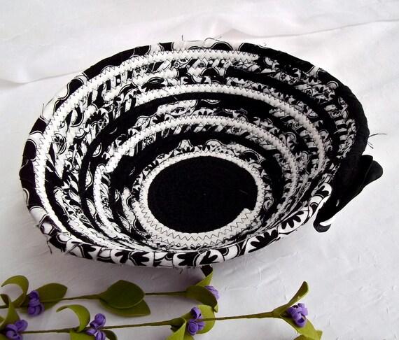 SALE... Unique Key Holder, Ring Holder Basket, Handmade Coiled Fabric Basket, Kitchen Bowl, Black and White Home Decor