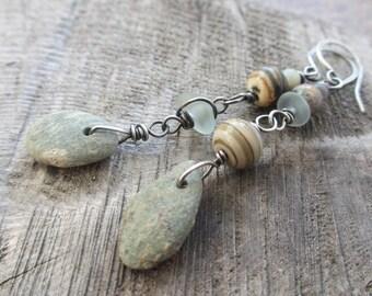 Pebble earrings - asymmetrical beaded earrings