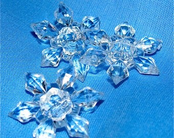 sale...12...1 dozen CLEAR Acrylic Crystal ELSA Snowflake BUTTONS Sewing Wedding Table Decoration