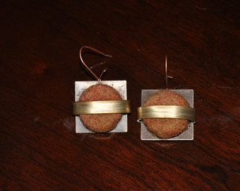 Felt and Metal Earrings brown and gold