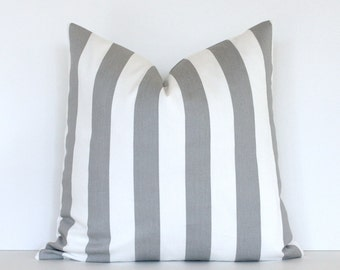 neutral pillows kuratiert von decor happy auf etsy. Black Bedroom Furniture Sets. Home Design Ideas