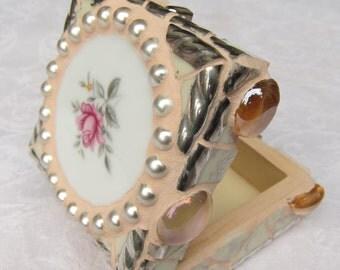 Pink roses Mosaic Ring Box, Treasure Chest