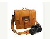 """10"""" Sunrise Napa Safari Leather Camera Bag -"""