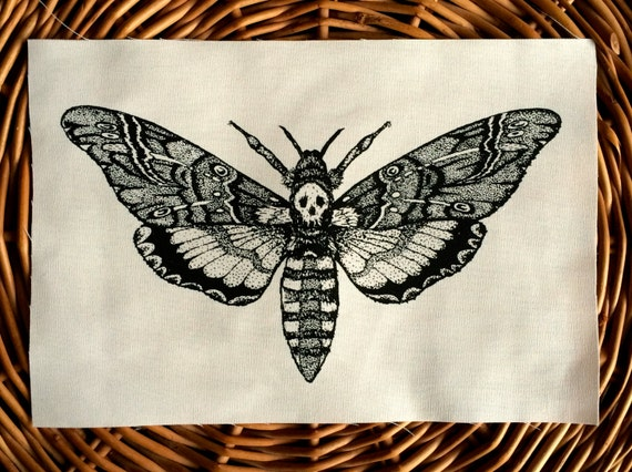 Harry Potter Skulls And Snakes besides 508273507916517980 also 58797005256 likewise Watch in addition 272853441. on silence of lambs moth