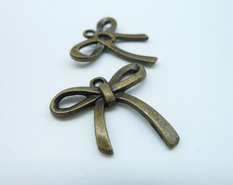 10pcs 26x25mm Antique Bronze Lovely Filigree Butterfly Pot Charm Pendant c953