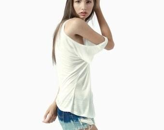 Cold shoulder white top, oversize open shoulder tshirt