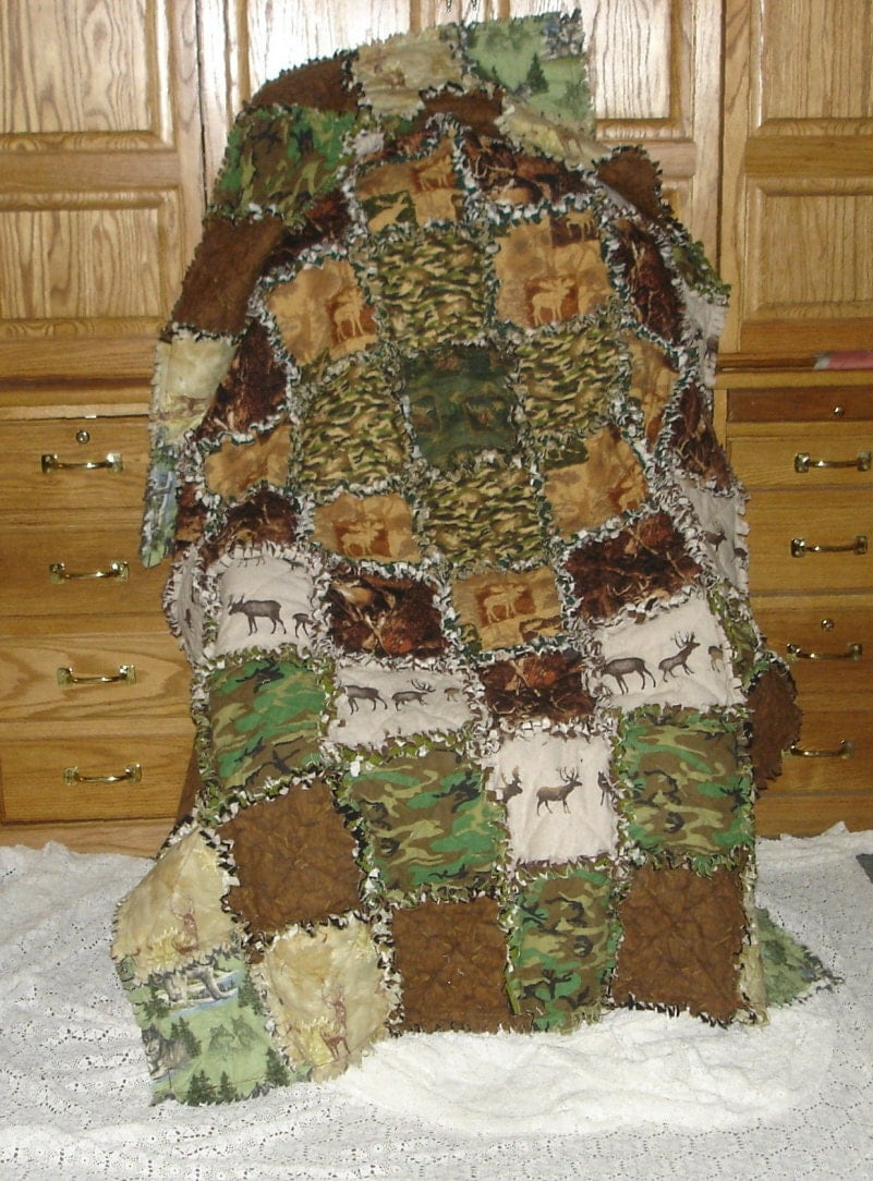 Hunter Outdoorsman Blanket Rag Quilt Cotton Flannel Camo