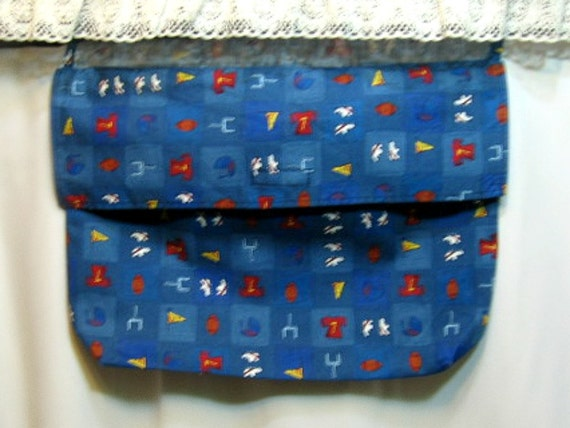Football themed bed pocket