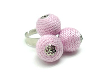 Ball ring - light pink ring, vintage ring, spring jewelry, summer jewelry, yarn jewelry, yarn ring, ball jewelry, coctail ring, casual ring