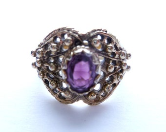 Vintage Amethyst Glass Purple Stone Filigree Cocktail Ring Size 8 18Kt Gold Plated