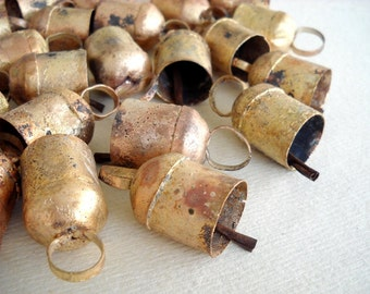25% OFF - 100 Golden Colored Hand Made Cow Bells with Rough Look for Wind Chimes, Altered Art -with Jute Rope - DIY - MV125